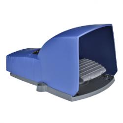 Превключвател крачен IP66 син 1NC+1NO 1O+F с капак