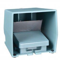 Превключвател крачен метален IP66 син 2NC+2NO аналогов изход с капак